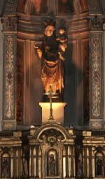 XVIIwieczny oltarz oraz drewniana figura Matki Bozej z Franchard